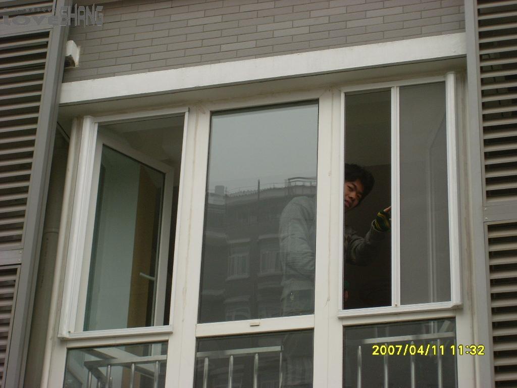 时代隐形纱窗的安装效果图--5号楼