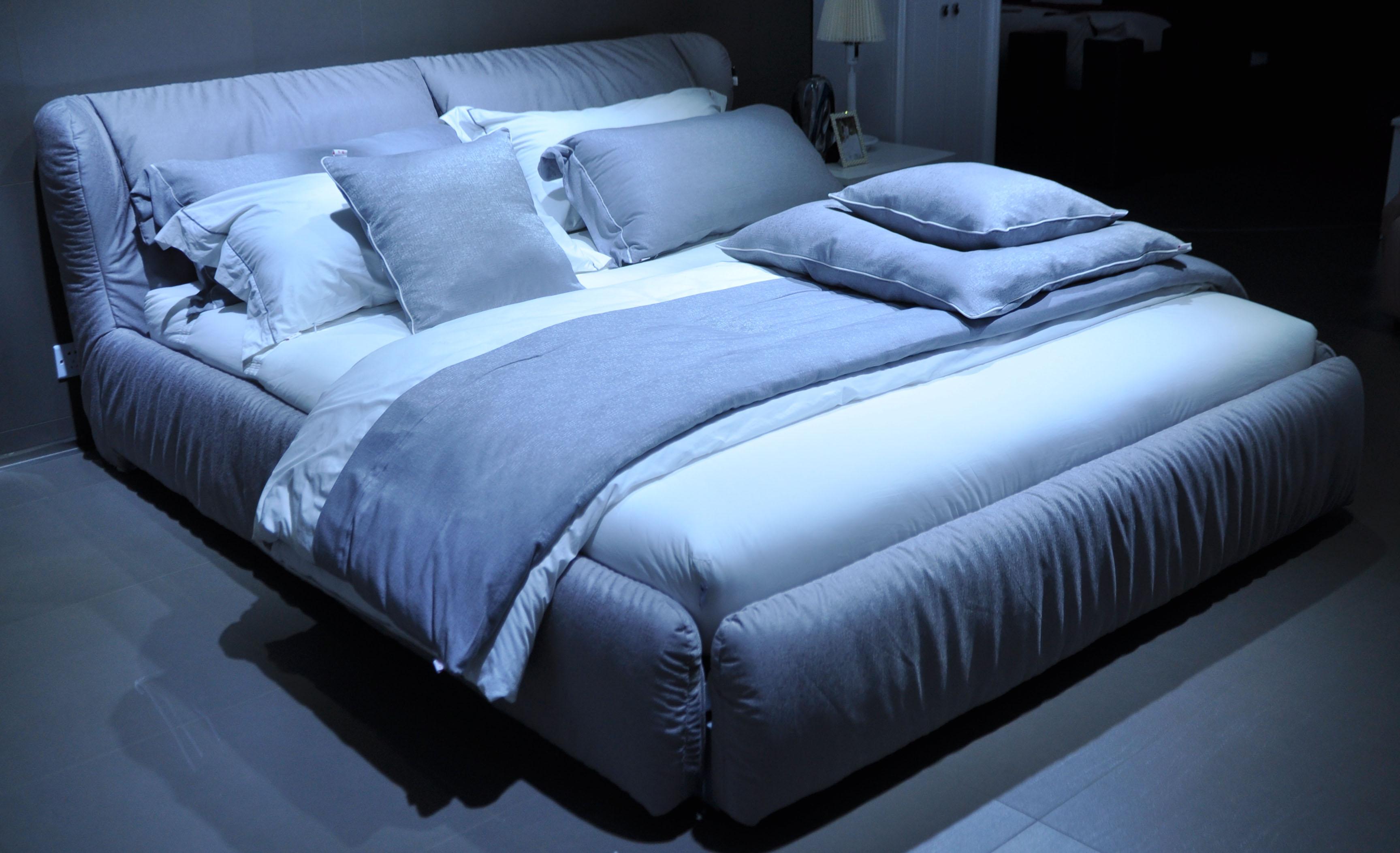 < 软床> CBD家居十大品牌之·CBD软床系列:独享意大... _新浪博客